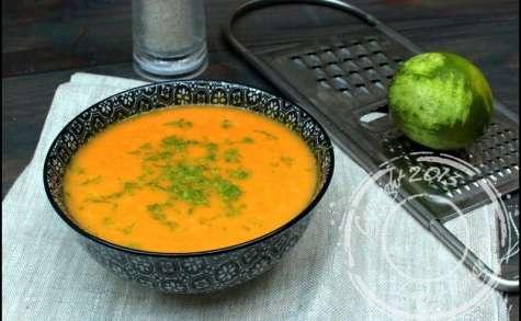Soupe acidulée à la courge butternut aux saveurs asiatiques