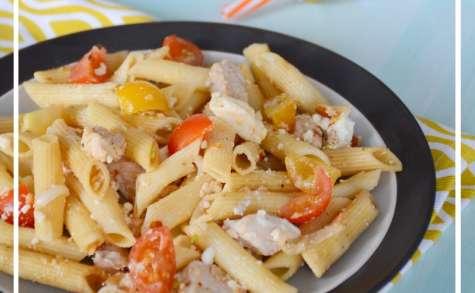 Salade de pâtes allégée volaille, amandes et feta