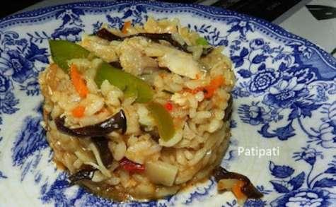 Risotto aux poulet et légumes asiatique