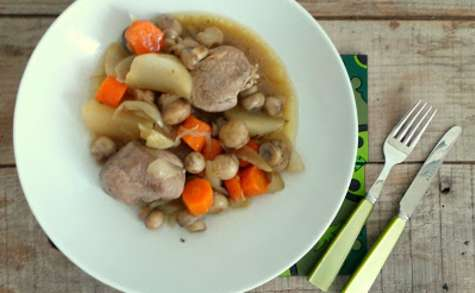 Filet mignon de porc aux navets, carottes et champignons