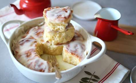 Cinnamon rolls parfaits