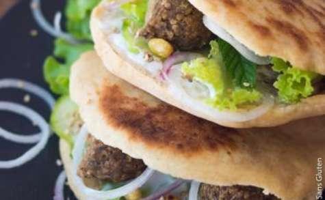 Pain pita et falafels