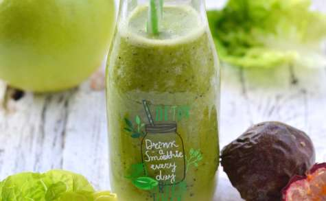 Smoothie sucrine, passion et pamplemousse vert
