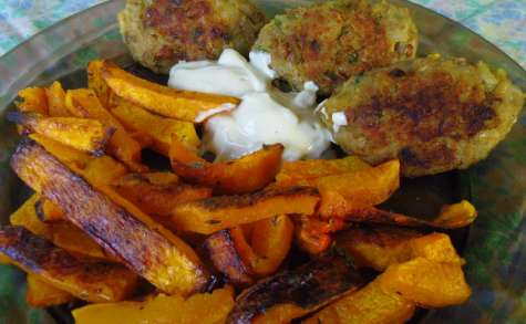 Bouchées vegan lentilles-riz à la sauce au radis noir