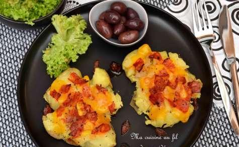 Pommes de terre tapées au chorizo et cheddar