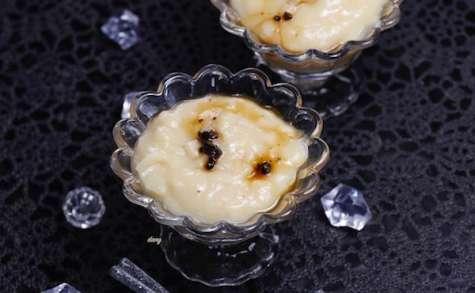 Crème de cerfeuil tubéreux aux brisures de truffe