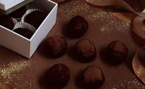 Truffes chocolat, purée de châtaignes, tonka et fleur de sel