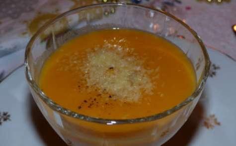 Crème de patate douce, gingembre et pêche