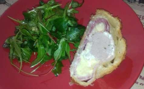 Filet mignon de porc en croûte, jambon, gruyère et fromage à tartiner