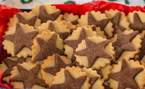Biscuits étoilés bicolores