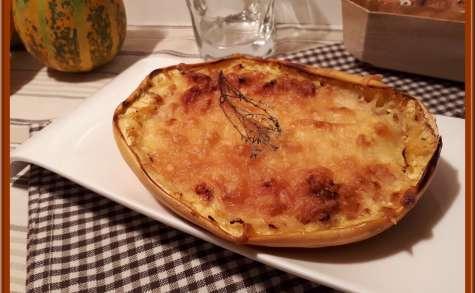 Courge spaghetti gratinée au parmesan et mozzarella