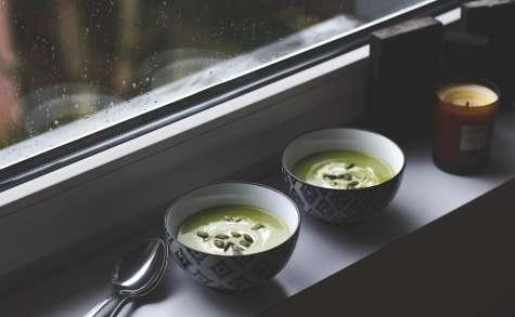 Soupe aux fanes de poireaux et pommes de terre