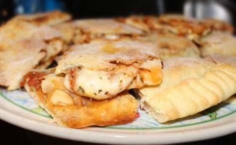 Pizza gonflée aux tomates champignons et raclette