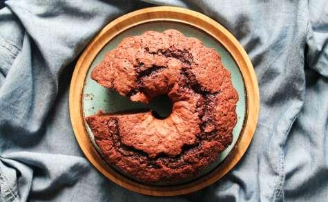 Bundt cake moelleux au chocolat et à la betterave