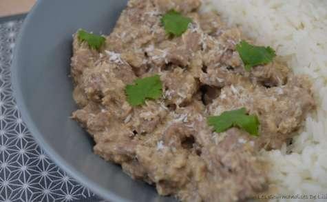 Boeuf épicé à la crème de coco