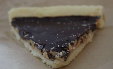 Torta fina dulce de leche y chocolate croquante
