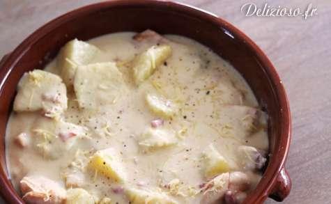 Poulet à la crème d'oignons et pommes de terre