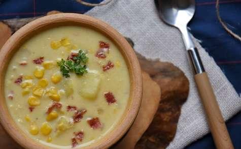 Chaudrée- soupe de maïs au bacon Québécoise