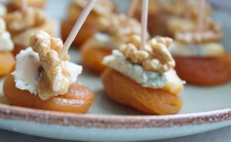 Bouchées abricot et Fourme de Montbrison
