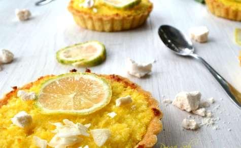 Tartelette coco, citron zébré, aux éclats de meringue