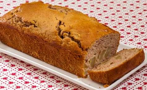 Gâteau du matin aux poires et à la crème de châtaignes