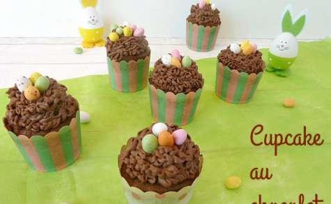 Cupcakes au chocolat façon nids de Pâques