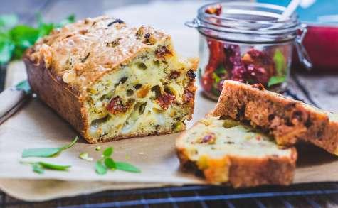 Cake tomates séchées comté pistaches