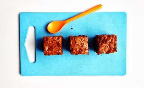 Brownie chocolat, rhubarbe et abricots secs