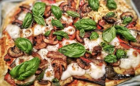 Pizza aux légumes d'été