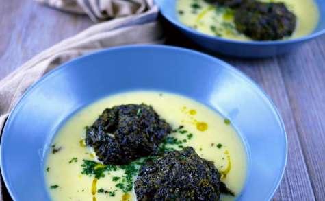 Boulettes de chou kale, sauce à la grecque œuf-citron