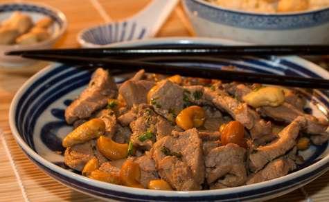 Filet mignon de porc sauté aux noix de cajou