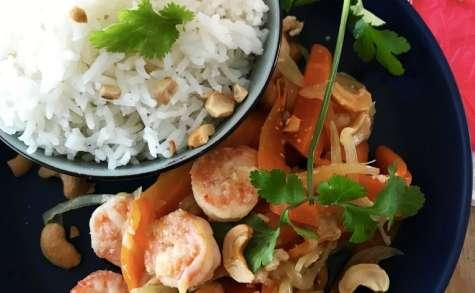 Crevettes sautées au noix de cajou