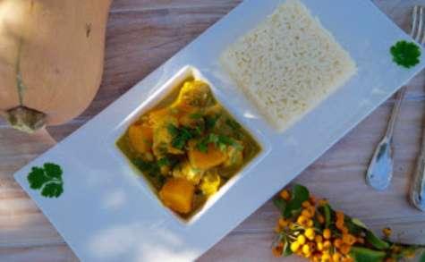 Poulet à la butternut au lait de coco et au curry