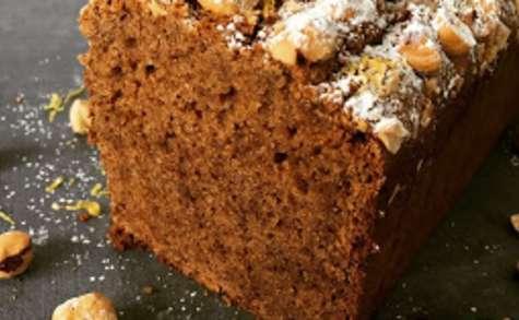 Cake moelleux aux noisettes et zestes de citron