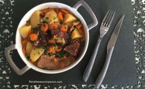Bœuf aux carottes pommes de terre champignons
