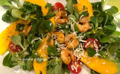 Salade de crevettes mangue au curry