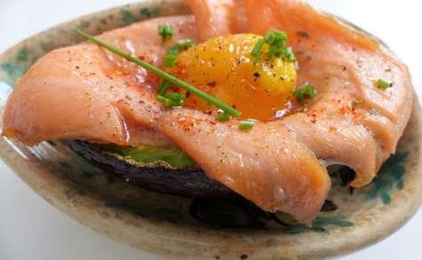 Avocat au four au saumon fumé