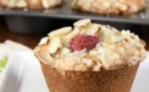Muffins aux amandes et framboises