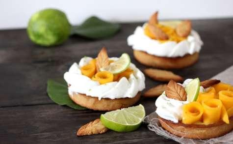 Tartelettes mangue et citron vert à la chantilly de coco
