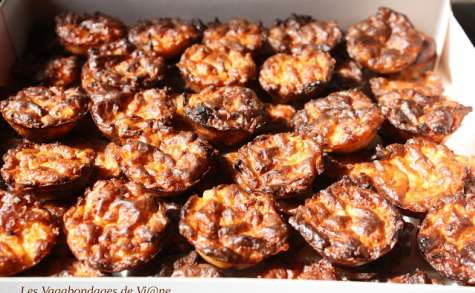 Bouchées aux pommes de terre, cantal et huile de truffe