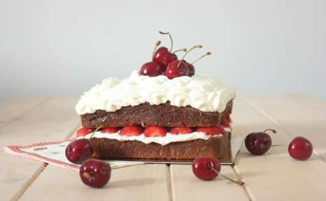 Mud cake au chocolat blanc et aux fruits rouges