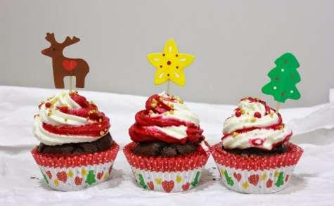 Cupcakes de noël au chocolat et à la chantilly