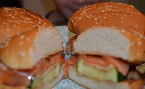 Burger au saumon fumé artisanal