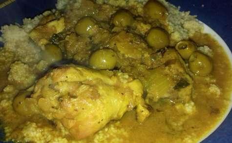 Tajine de poulet au citron confit et aux olives - Emma.cuisine
