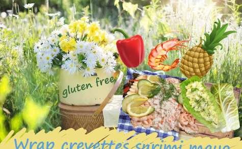 Rouleaux aux crevettes, surimi, ananas, poivron, salade