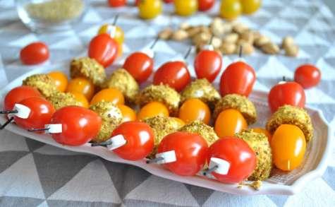 Brochettes tomates mozza pistache