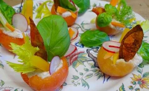 Tomates farcies à la mousse de thon et crudités de printemps