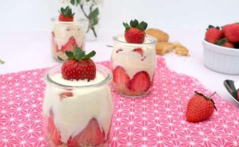 Tiramisu aux fraises et chocolat blanc