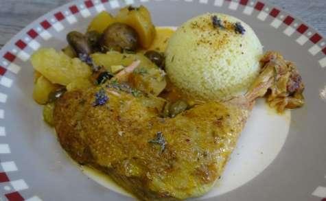 Poulet marengo à la sarriette, au thym et au romarin frais