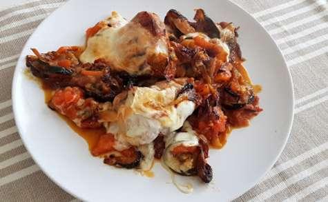 Filet mignon gratiné à la mozzarella et aux légumes du soleil